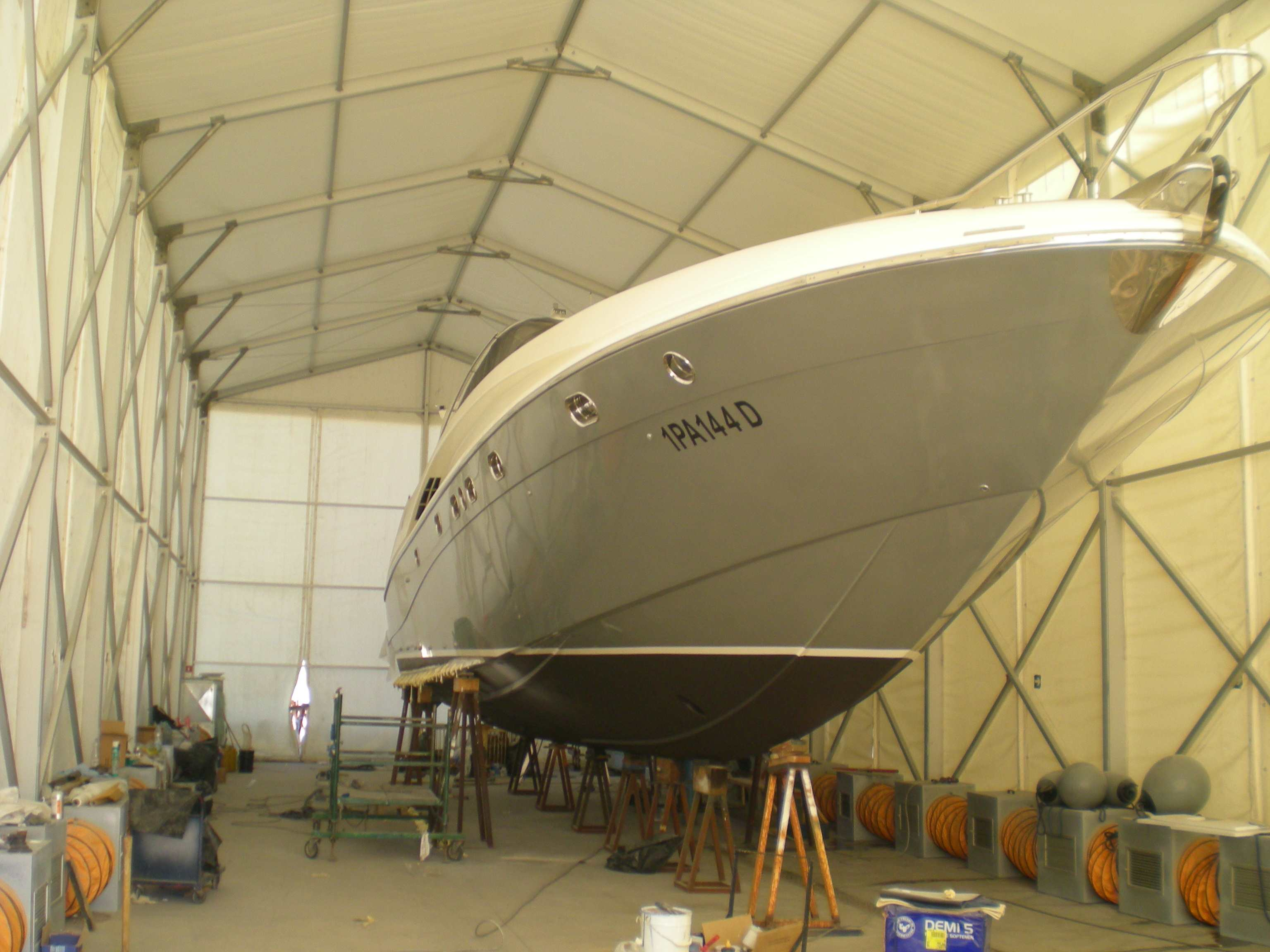 Yachtgarage trattamento aria air treatment systems for Piani di garage in cabina