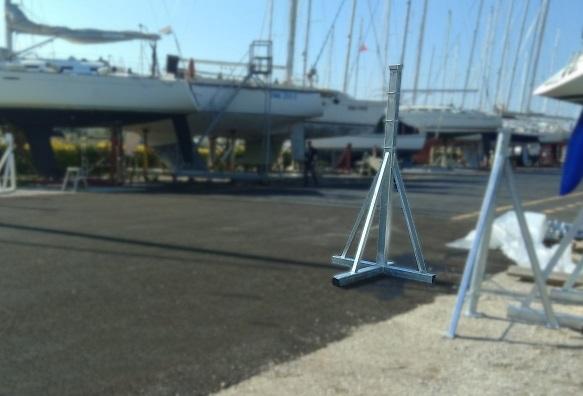 Supporti verticali per imbarcazioni